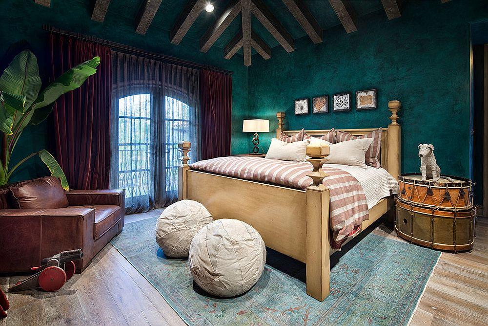 Textured walls in dark green for the modern Mediterranean kids' room