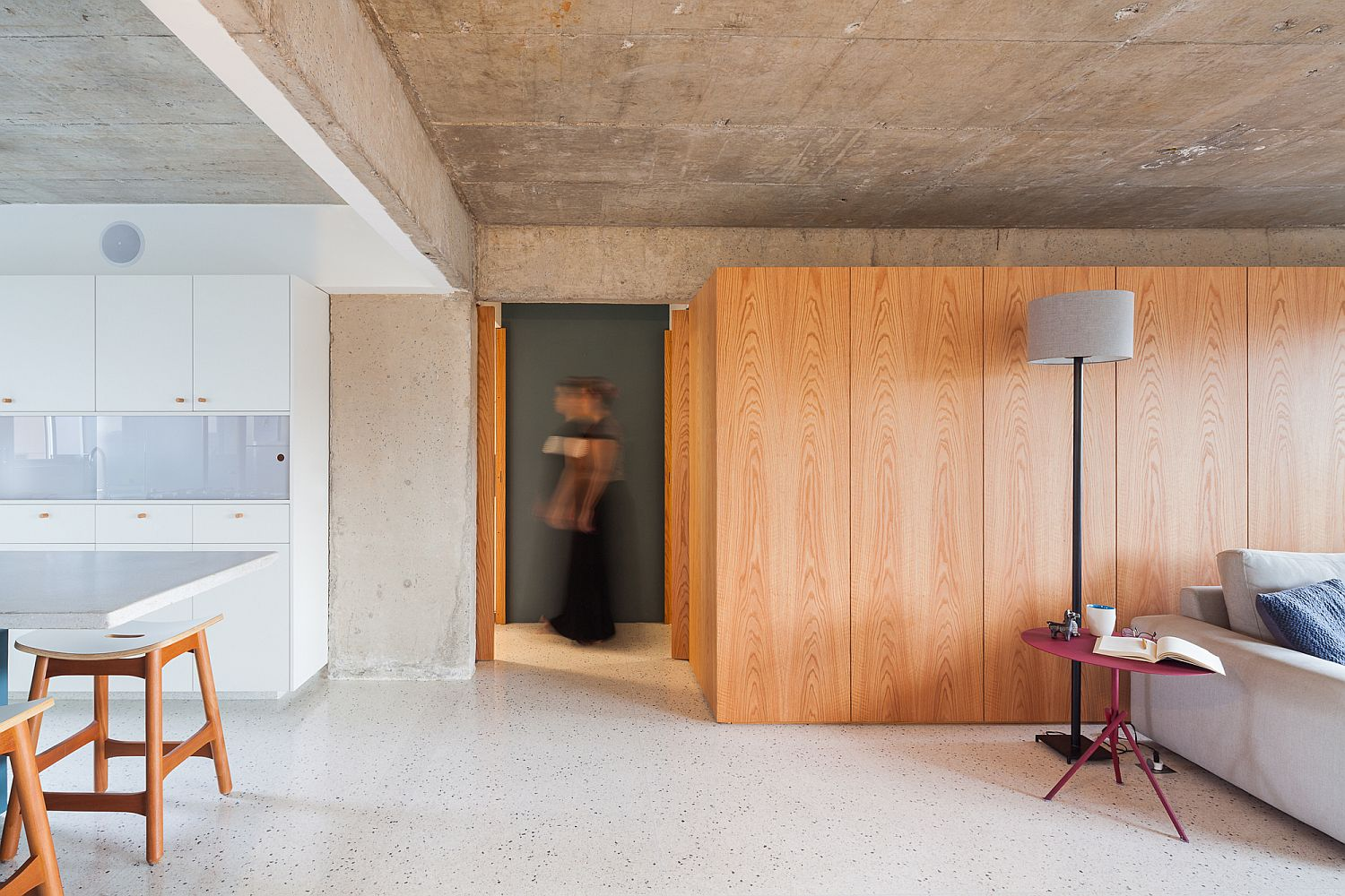 Reimagined Sao Paulo Apartment Filled with Light is a World of Contrasts!