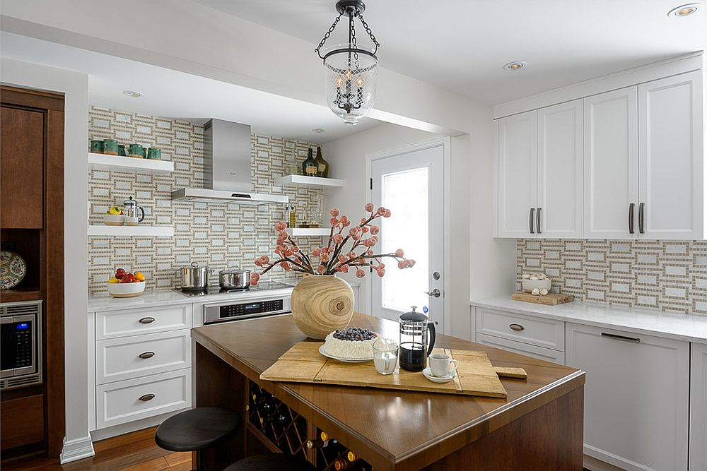 Adding-pattern-to-the-kitchen-without-altering-its-style-dramatically