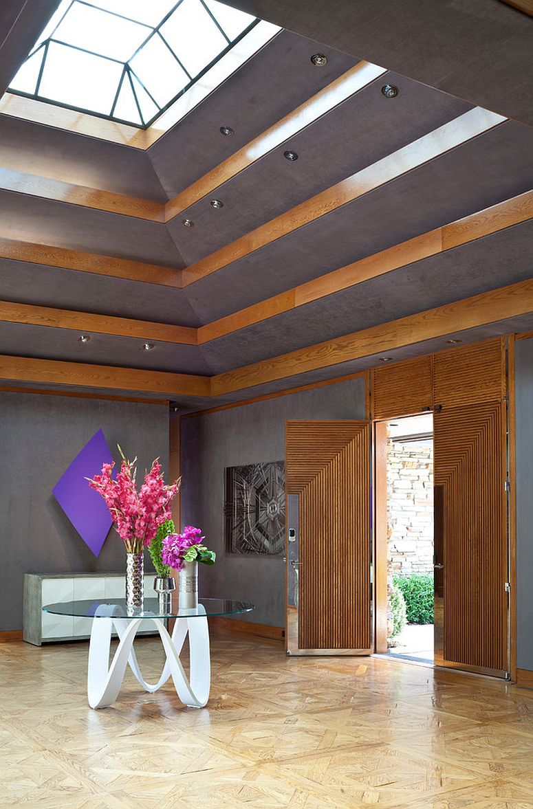 Amazing-eclectic-entry-design-brings-in-a-flood-of-natural-light