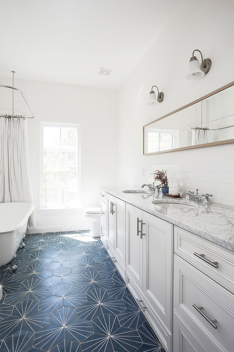 Bathroom-floor-with-color-and-pattern-is-a-showstopper