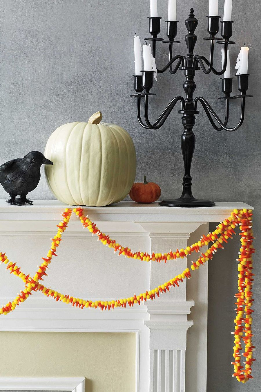 Beautiful and colorful candy corn garland DIY