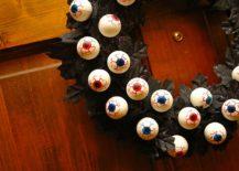 Bouncy-eye-ball-Halloween-wreath-keeps-an-eye-on-the-neighborhood-for-you-217x155