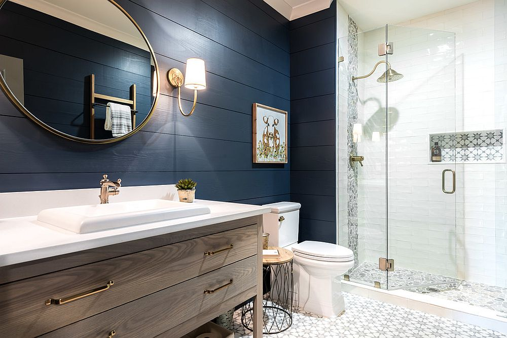Bring-summery-charm-into-the-bathroom-this-fall-and-winter-with-navy-blue