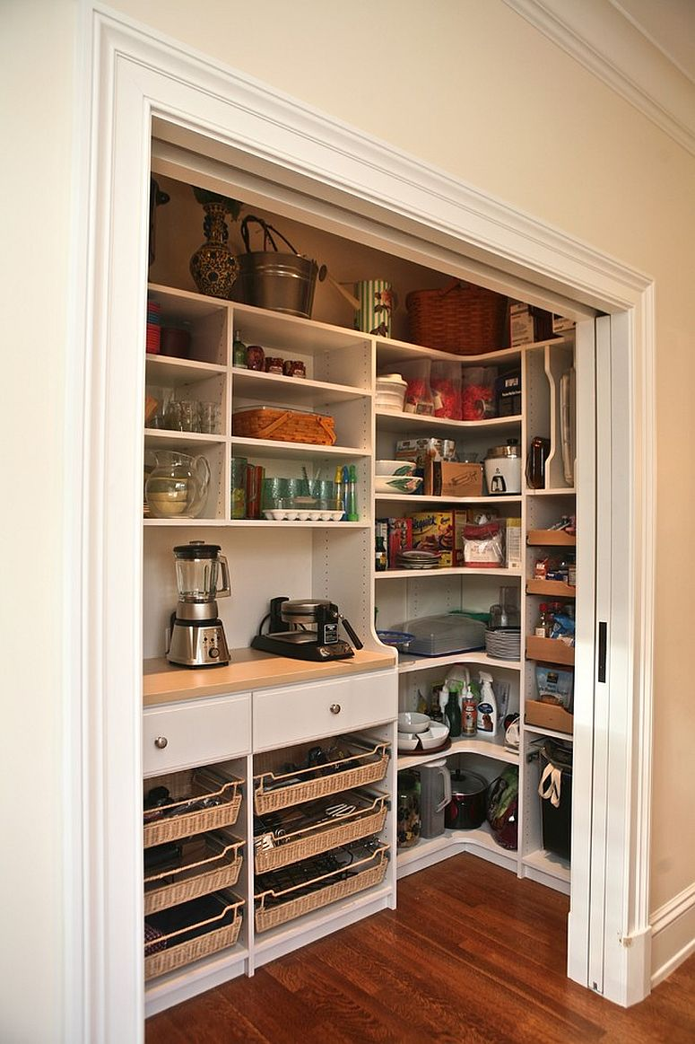 Doors of the pantry that dissapear into the wall