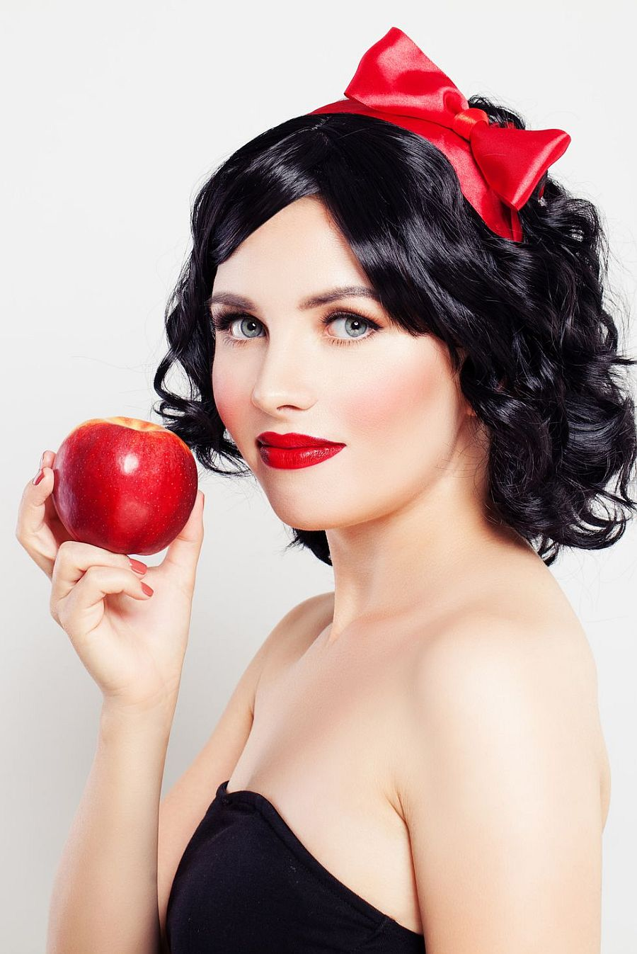 Dressing up as Snow White is one of the easiest costumes you will ever find for Halloween