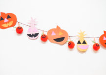 Easy-Halloween-garland-idea-217x155