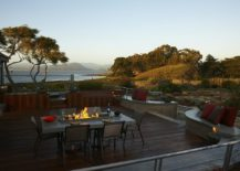 Fire-pit-at-the-heart-of-the-dining-table-makes-outdoor-dinners-even-more-upbeat-217x155