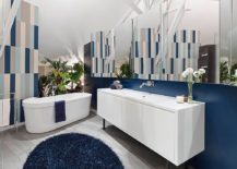 Fun-way-to-add-dark-blue-to-the-contemporary-bathroom-in-white-217x155