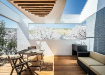 Get-innovative-with-the-deck-ceiling-to-bring-in-more-light-217x155