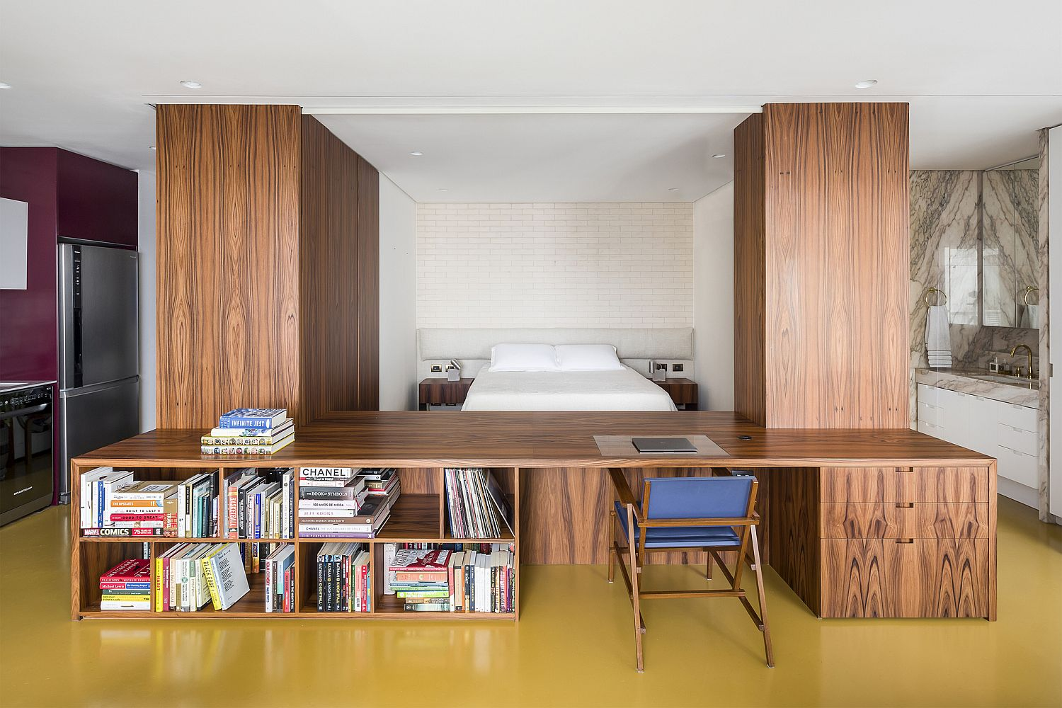 Innovative wooden box shapes the living room of the RA Apartment