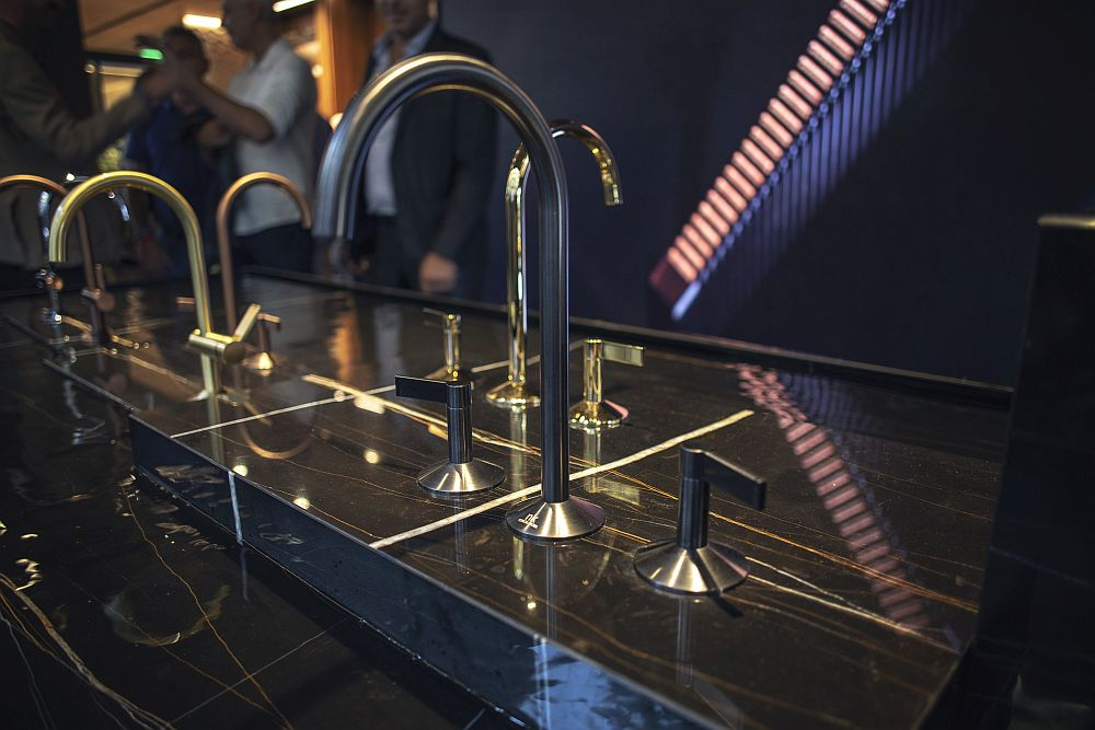 LIGNAGE faucet collection