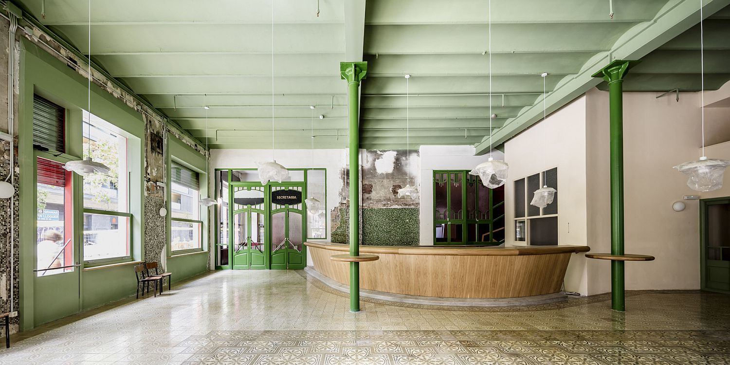 Large foyer becomes the showstopper of the new community center in Barcelona