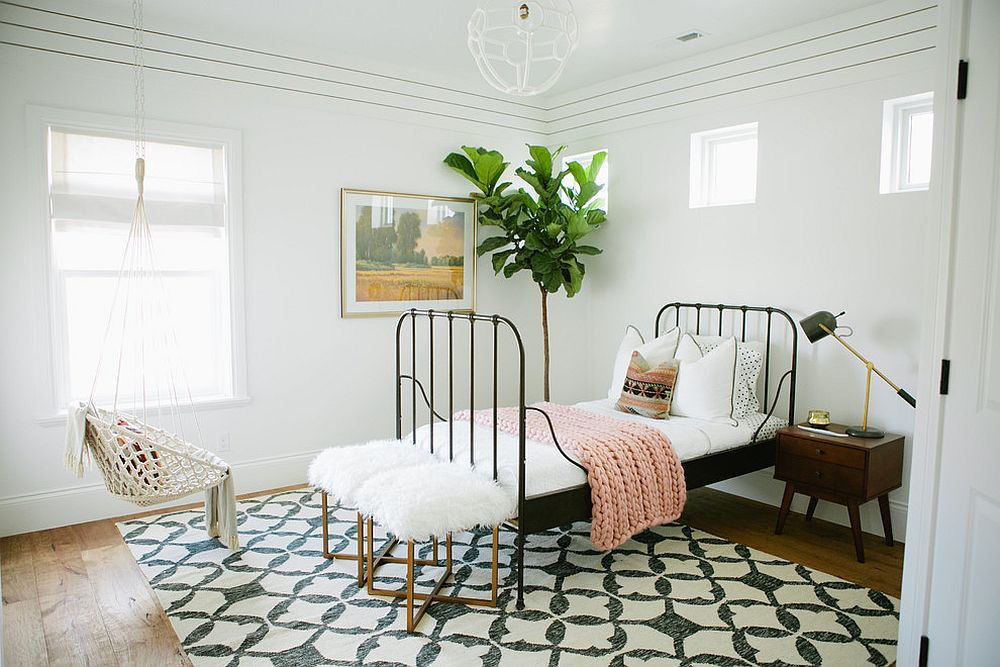 Nothing-adds-green-to-the-room-like-a-plant-in-the-corner