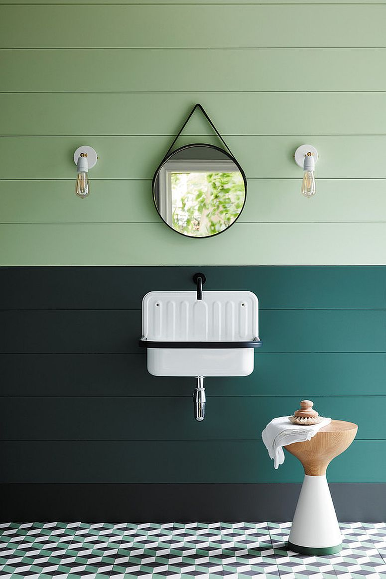 Play-with-light-and-dark-shades-of-green-in-the-bathroom-for-a-more-refreshing-space