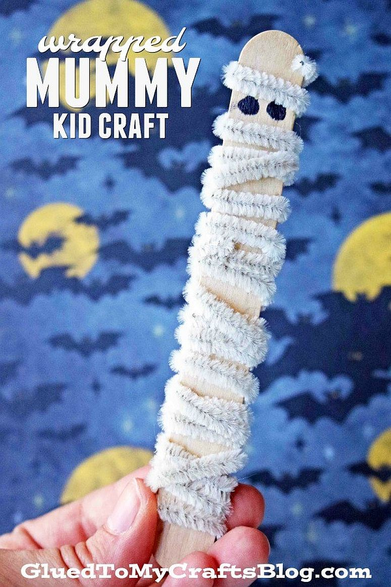 Popsicle mummy craft is easy and super-fun