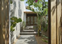 Private-entrance-to-the-lodge-is-inviting-and-relaxing-217x155