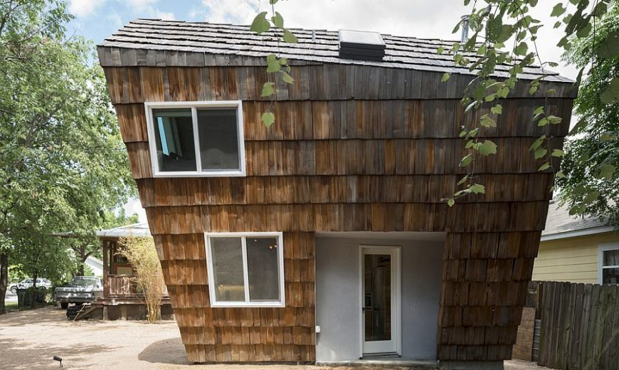 Reclaimed Cedar Shingles Give this Small Dashing Home an Unmistakable Identity!