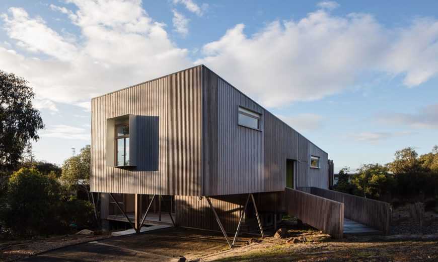 This Charming Aussie Home Keeps Away Bushfires and Rugged Weather in Style!