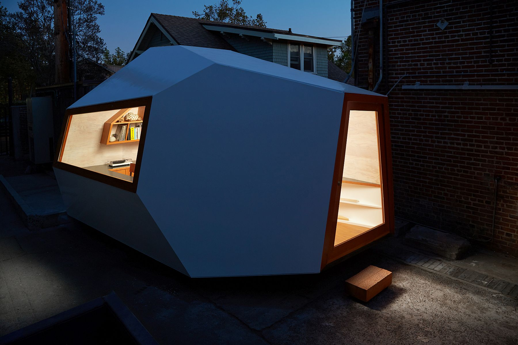 Small scale sustainable design structure built to reimagine homes and offices