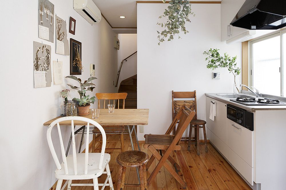 Space to add an extra chair when guests arrive makes this ultra-small dining space even more practical