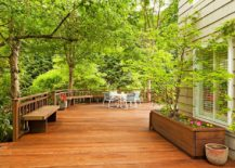 Spacious-deck-with-a-cozy-meeting-point-at-the-end-with-greenery-all-around-217x155