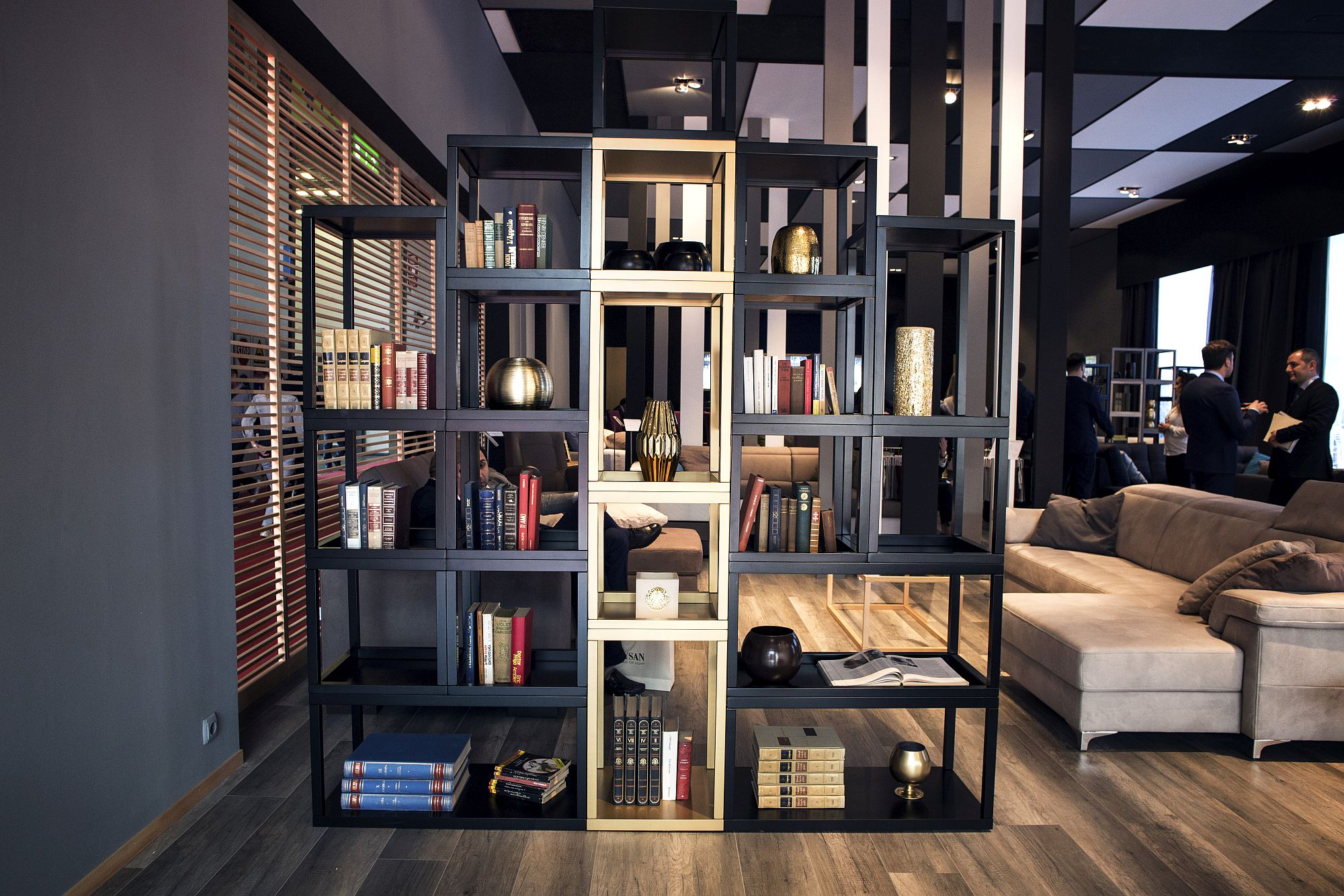 Using the smart bookshelf as a room divider