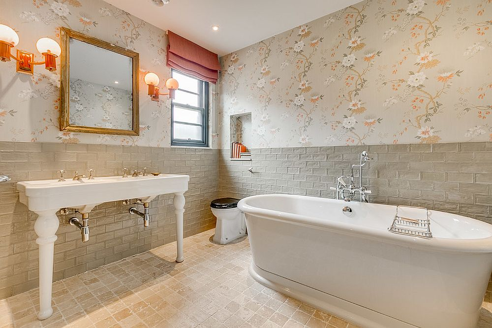 Who-says-beige-bathrooms-are-boring
