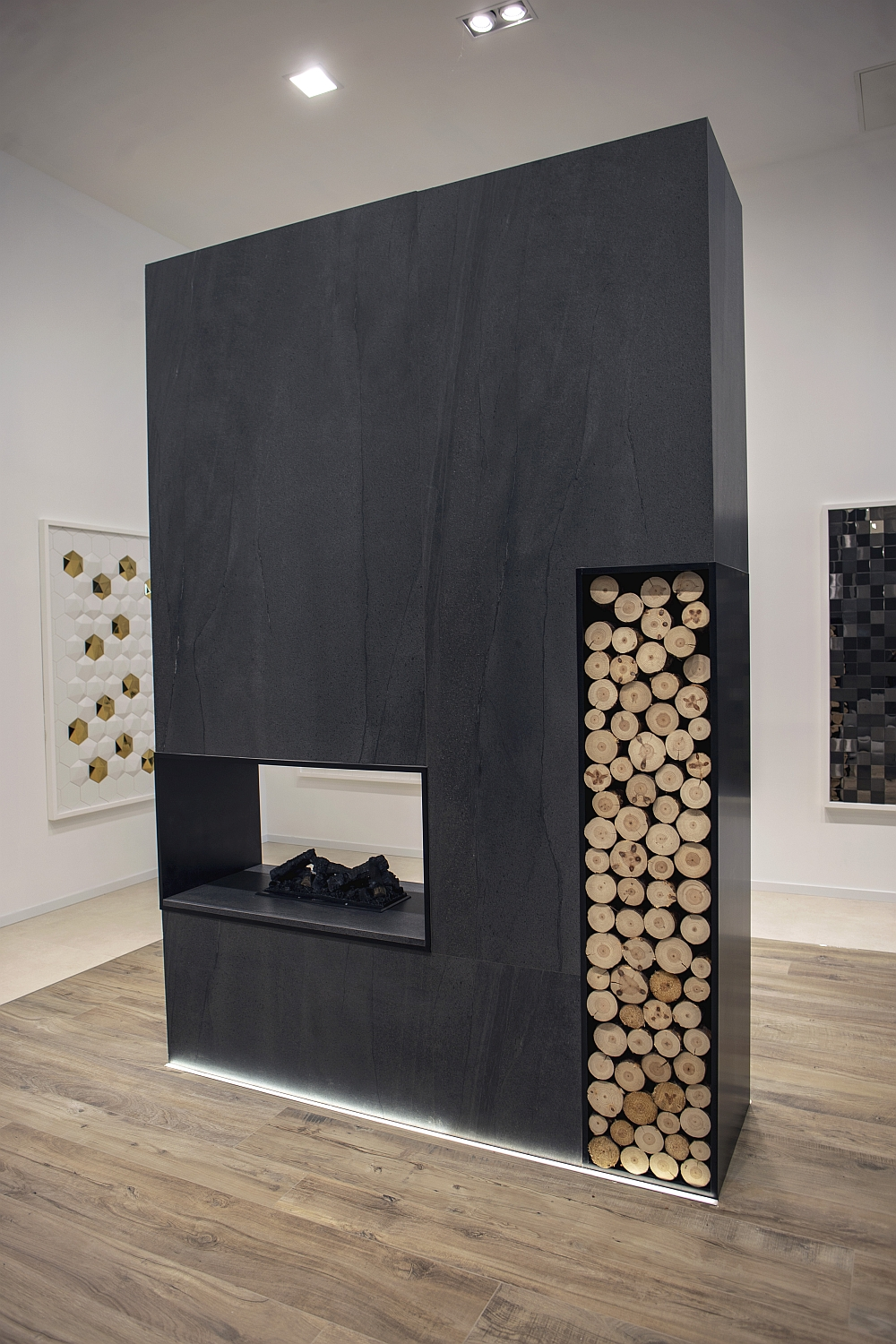 Ceramic wall accent ideas and fireplace area