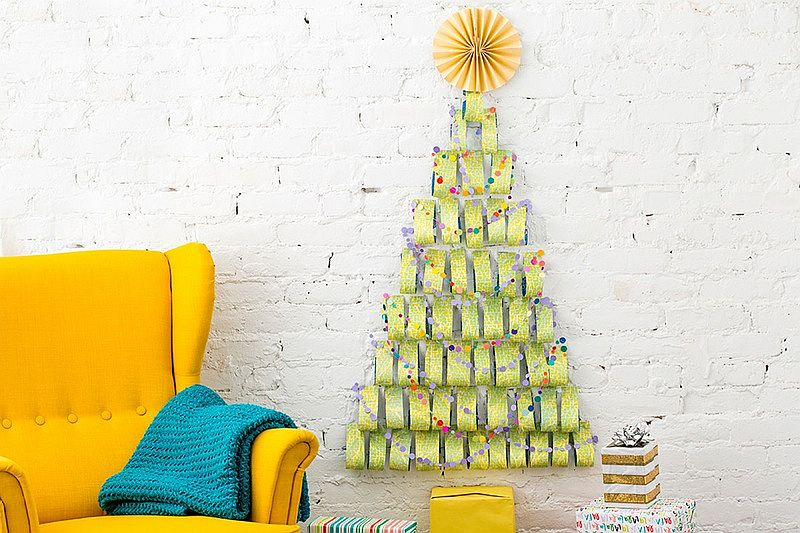 Colorful and easy wrapping paper Christmas tree DIY