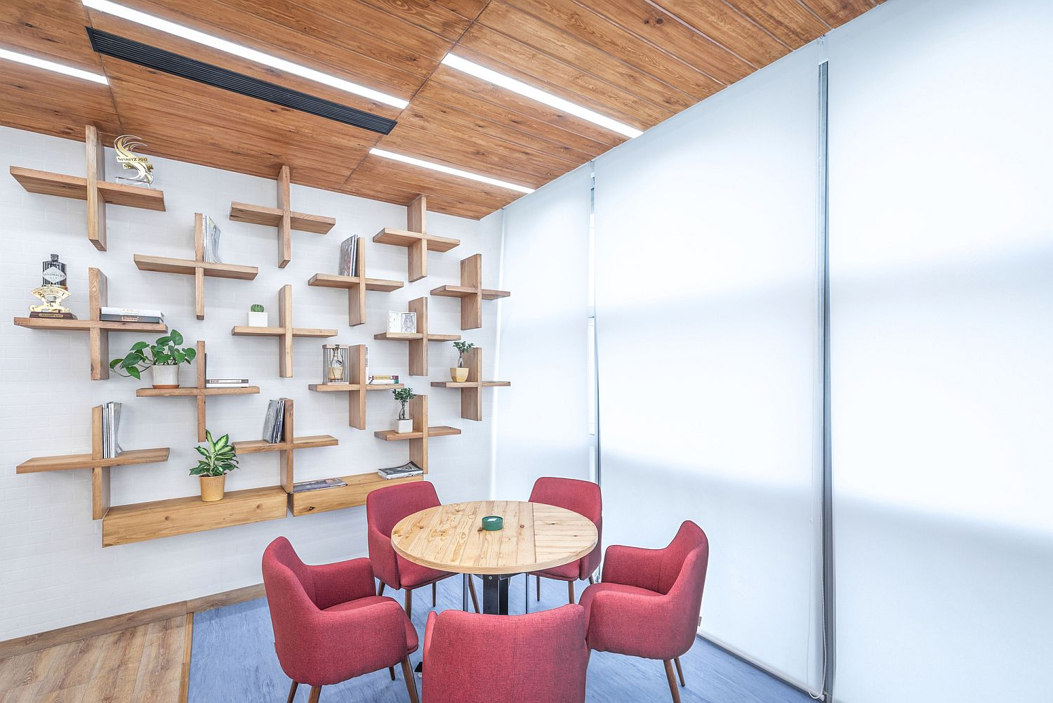 Cool conversation areas are coupled with cafe style seating inside the Ideation Space