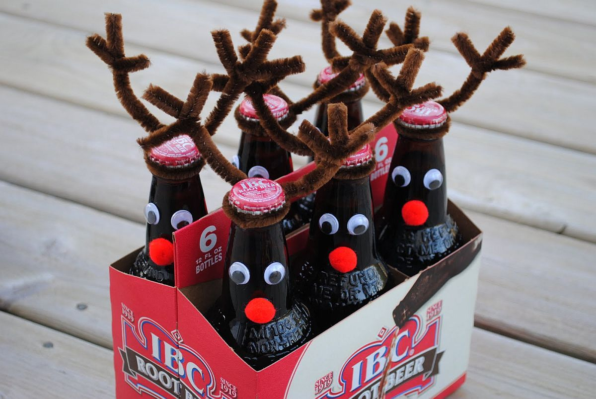 DIY beer bottle reindeers are bound to be a hit in the Christmas party