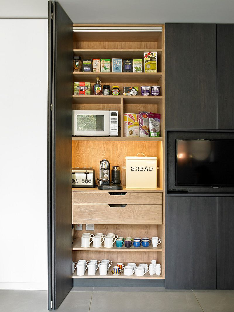 Folding doors and slim shelves make the pantry even more space-conscious