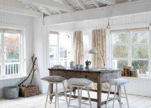 Minimal-beach-style-dining-room-idea-217x155