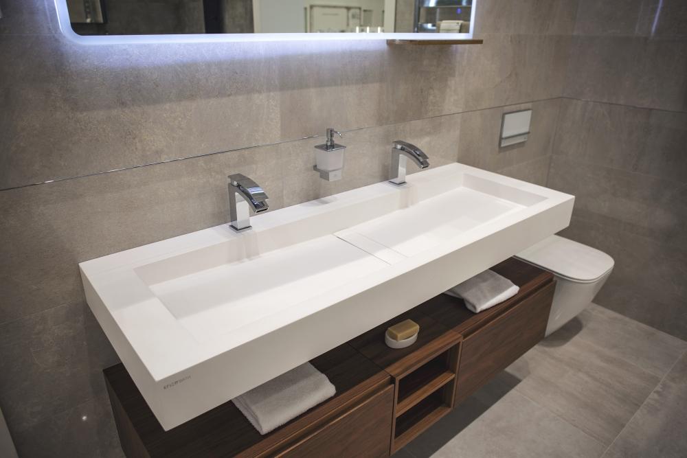Modern bathroom vanity with KRION bath modern washbasin