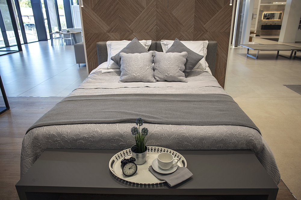 Modern bedroom ceramics from Porcelanosa