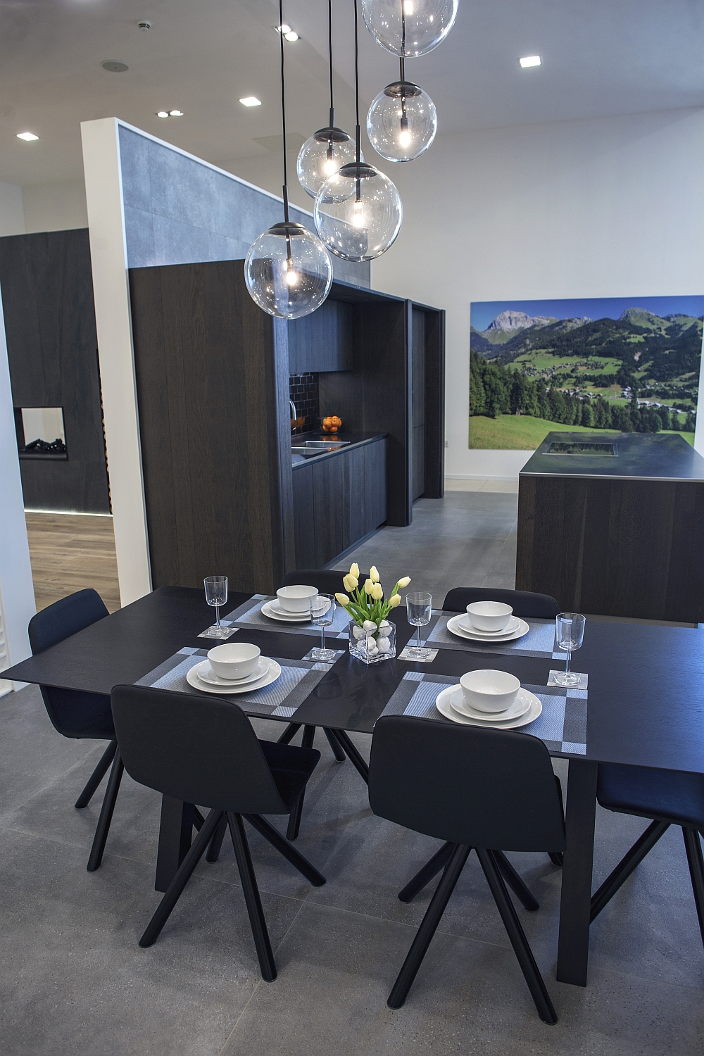 Modern dining table – Porcelanosa