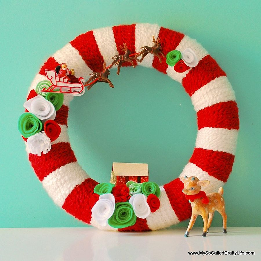 Red and white retro yarn Christmas wreath from My So Called Crafty Life