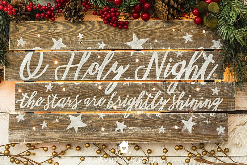 Rustic Light-Up Christmas Sign DIY