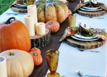 Rustic-Thanksgiving-table-idea-with-an-overload-of-pumpkins-217x155