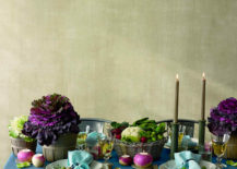 Simple-and-stylish-Thanksgiving-table-setting-idea-217x155