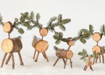 Smart-Christmas-DIY-reindeers-look-super-cute-217x155