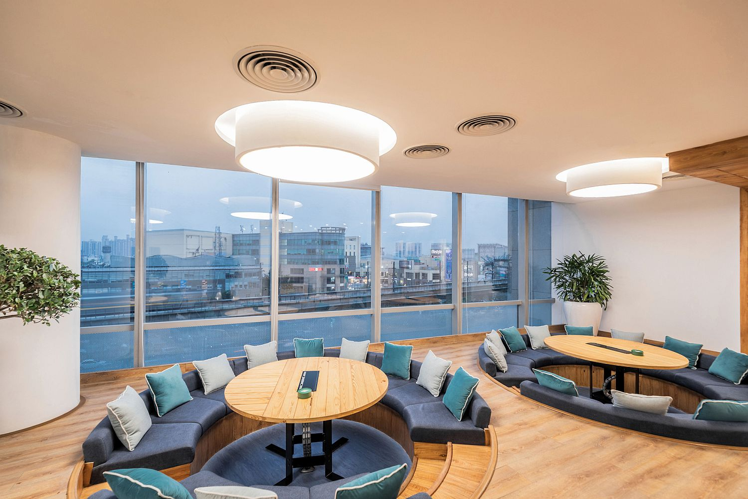Sunken office meeting areas offer an innovative space to share ideas