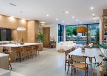 Wood-and-white-are-used-in-equal-proportions-inside-this-Californian-home-217x155