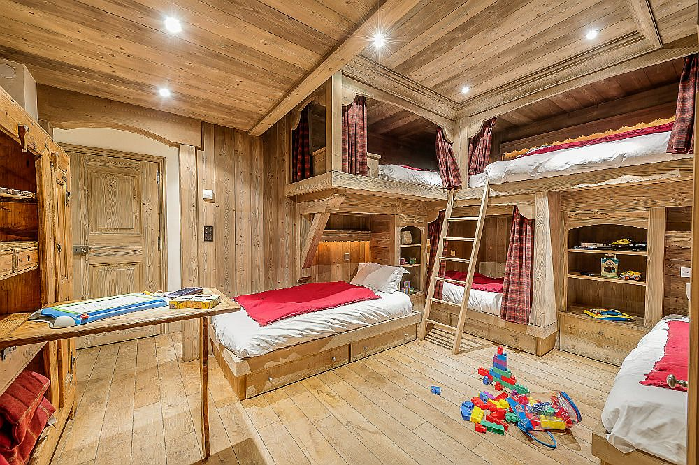 Awesome bunk bedroom for kids in wood with ample sleeping space for 5