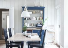 Beautiful-dining-room-rolls-Scandinavian-and-farmhouse-styles-into-one-217x155