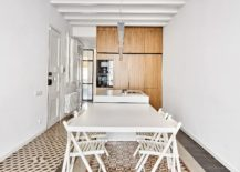 Dining-area-and-kitchen-of-the-revamped-Barcelona-apartment-217x155