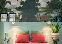 Finding-the-right-backdrop-for-the-tropical-style-bedroom-217x155