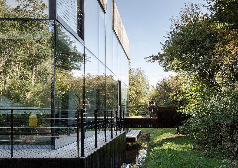 Glass Villa on the edge of a lake