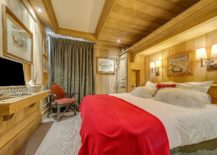 Look-inside-one-of-the-five-gorgeous-bedrooms-of-the-chalet-217x155